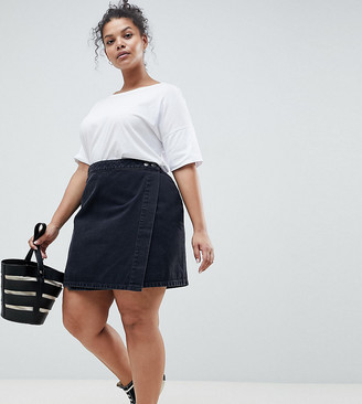 ASOS DESIGN Curve denim wrap skirt in washed black