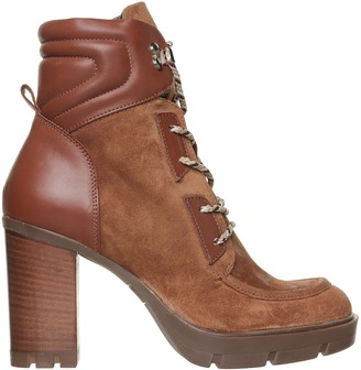 Janet & Janet Suby Ankle Boots