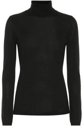 Brunello Cucinelli Cashmere and silk turtleneck sweater