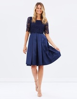 Review Atalia Dress