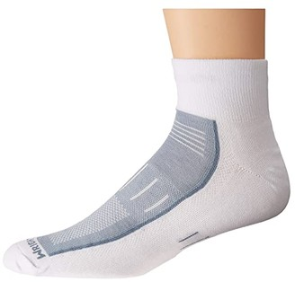 Wrightsock Endurance Quarter (White/Grey) Crew Cut Socks Shoes