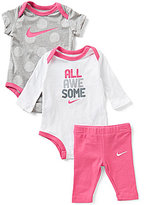 Nike Newborn-12 Months Long-Sleeve Bodysuit, Dotted Short-Sleeve Bodysuit & Solid Capri Pant Set