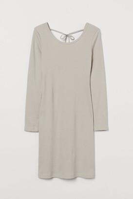 H&M Ribbed dress