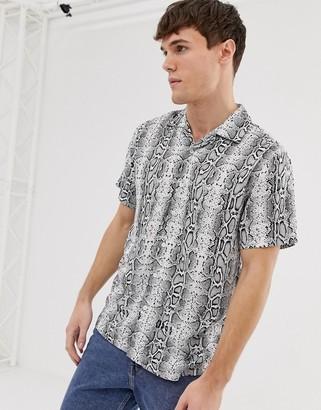 Brave Soul short sleeve snake animal print shirt-Black