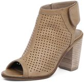 Therapy Bailey Perforated Tan