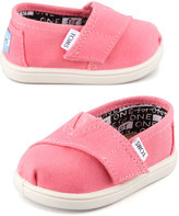 Toms Classic Canvas Slip-On, Pink, Tiny