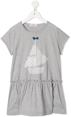 Familiar Sailboat long top