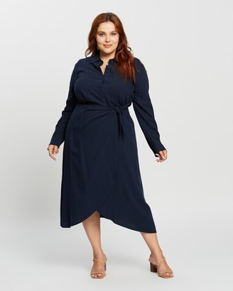 Atmos & Here Atmos&Here Curvy - Women's Navy Mini Dresses - Harlow Linen-Blend Midi Dress - Size 18 at The Iconic