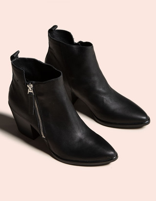 Dolce Vita Rula Leather Black Womens Booties