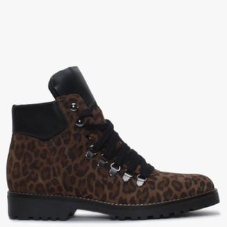 Alba Moda Leopard Walking Boots