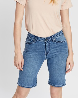 Lee Knee Length Shorts