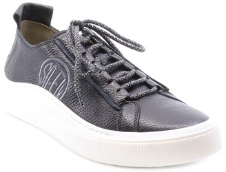 Fly London Sate Leather Sneaker