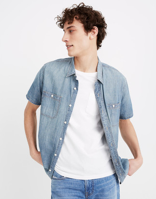 Madewell Chambray Perfect Short-Sleeve Shirt in Winterdale Wash