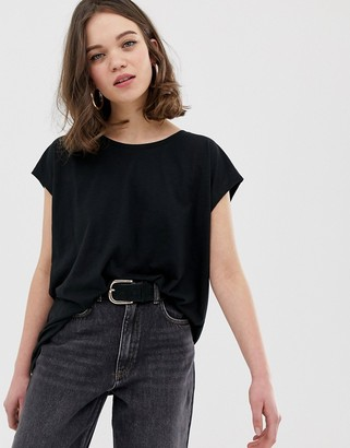Noisy May wide neck t-shirt-Black