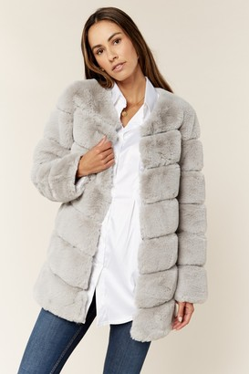 Gini London Silver Diagonal Cut Faux Fur Long Sleeve Jacket