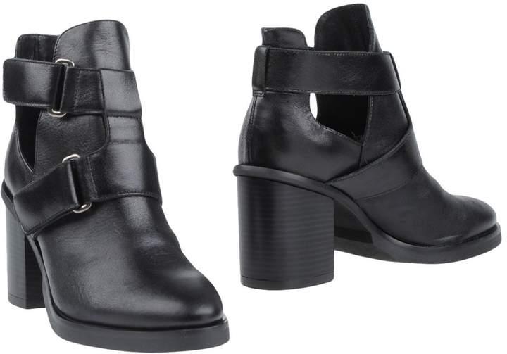 Cuplé Ankle boots - Item 11315506WJ