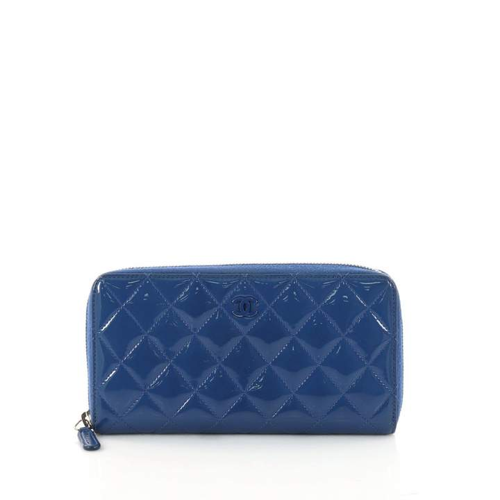 Chanel Timeless patent leather wallet