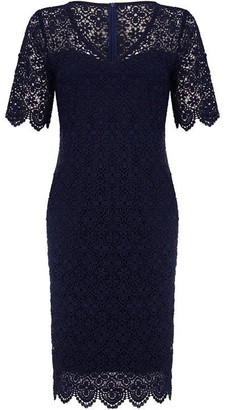 Yumi London Curve Floral Lace Bodycon Dress