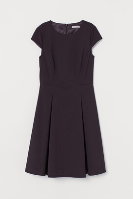 H&M Cap-sleeved Dress