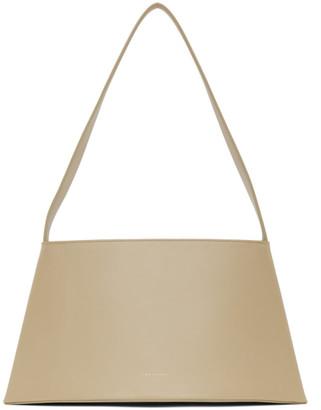 Low Classic Beige Curve Bag
