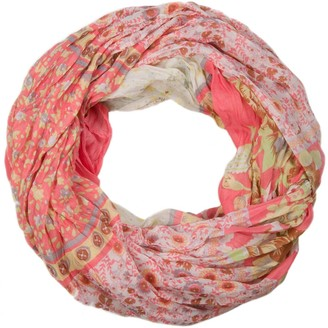 styleBREAKER loop tube scarf with allover floral pattern mix crash and crinkle paisley points flowers roses 01014008