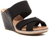 UGG Hilarie Wedge Sandal
