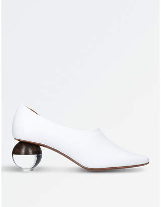 Neous Orchis leather courts