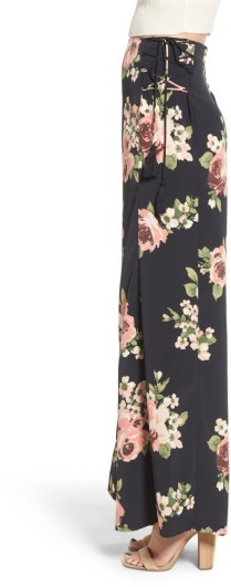 Band of Gypsies Women's Floral Wide Leg Pants