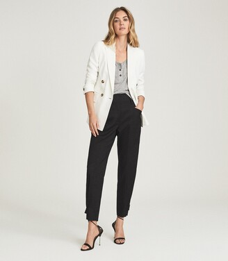 Reiss Madeline - Front Pocket Tapered Trousers in Black