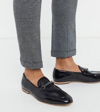 ASOS DESIGN Wide Fit loafers in black faux leather with snaffle