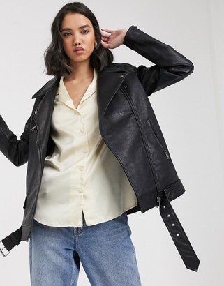 Only oversized faux leather biker in black-Blue