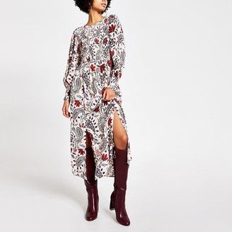 River Island Cream paisley shirred long sleeve midi dress