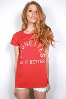 Rebel Yell Brunettes Do It Better Classic Crew in Red