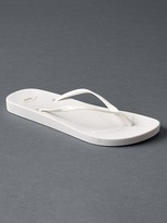 Gap Rubber flip flops