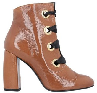 NOA Ankle boots