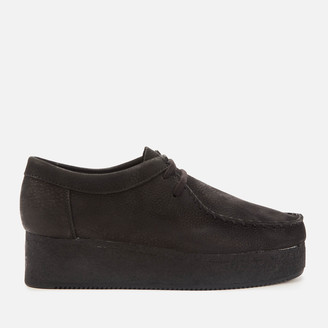 Clarks Women's Wallacraft Low Nubuck Flatform Shoes - Black