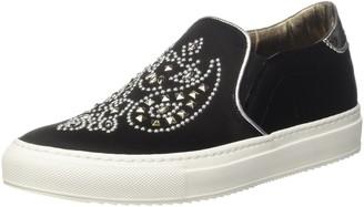 Barracuda Womens Slip on black Size: 5.5-6