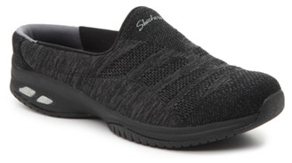 Skechers Relaxed Fit Commute Slip-On