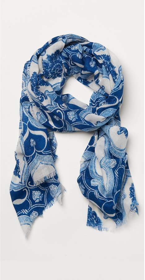 J.Mclaughlin Reed Scarf in Capetown