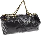 Chanel Timeless patent leather 48h bag