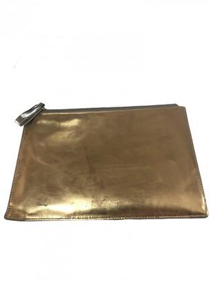Diane von Furstenberg Silver Patent leather Clutch bags