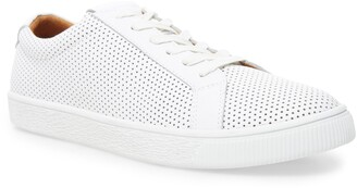 Steve Madden Offshore Low Top Sneaker