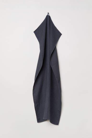 H&M Waffled Bath Towel - Gray