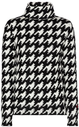 Perfect Moment Houndstooth wool sweater