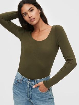 Gap Modern Scoopneck T-Shirt