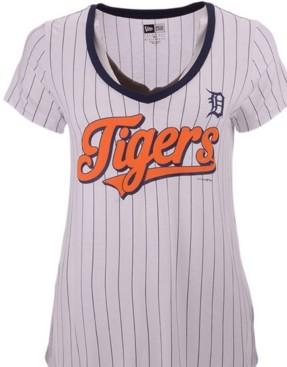 New Era Women's Detroit Tigers Pinstripe V-Neck T-Shirt