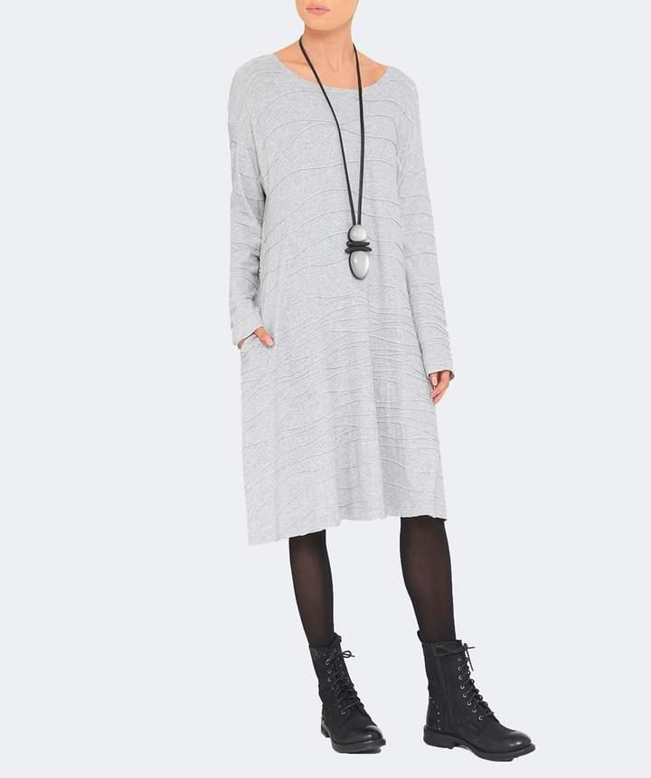 Oska Textured Wave Varali Dress