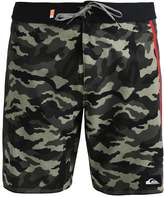 Quiksilver DISRUPT Swimming shorts four leaf