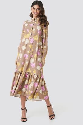 NA-KD Printed Maxi Dress