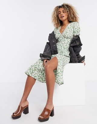 Influence midi smock dress in sage floral